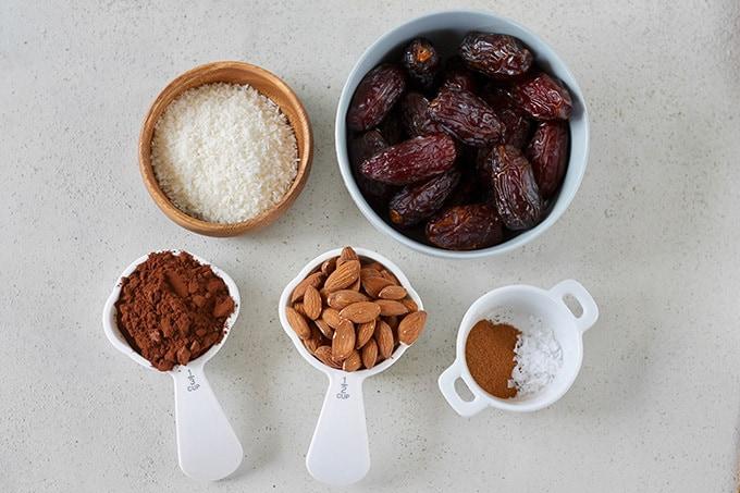 فروش آنلاین انواع پودر کاکائو، پودر نارگیل و پودر سوربیتول